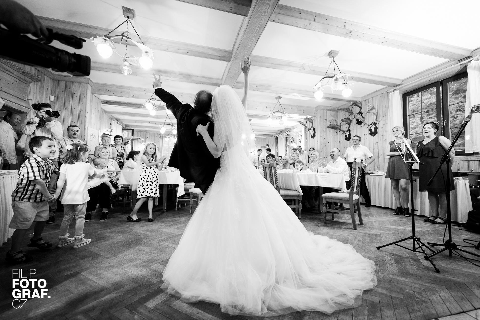 Svatební fotografie - www.filipfotograf.cz