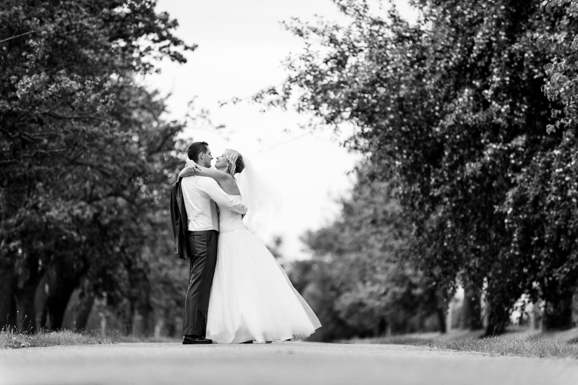 Svatební fotografie M a F